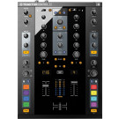 Native Instruments Traktor Kontrol Z2 DJ Mixer and Controller