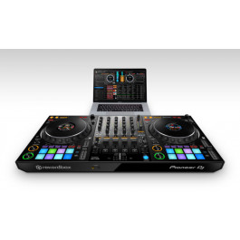 Pioneer DDJ-1000 DJ Controller Action Shot